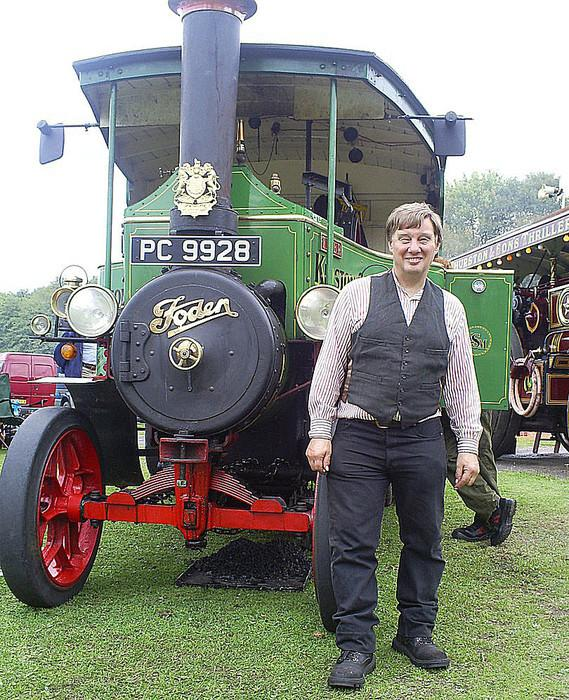 Steve Harbache with his 1923 Foden steam tractor