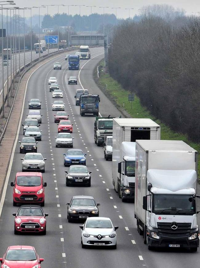 Crash on the M5 near Bromsgrove causing traffic delays