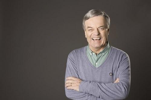 Tony Blackburn will bring BBC Radio 2's Sounds of the 60s Live to Dudley Town Hall.