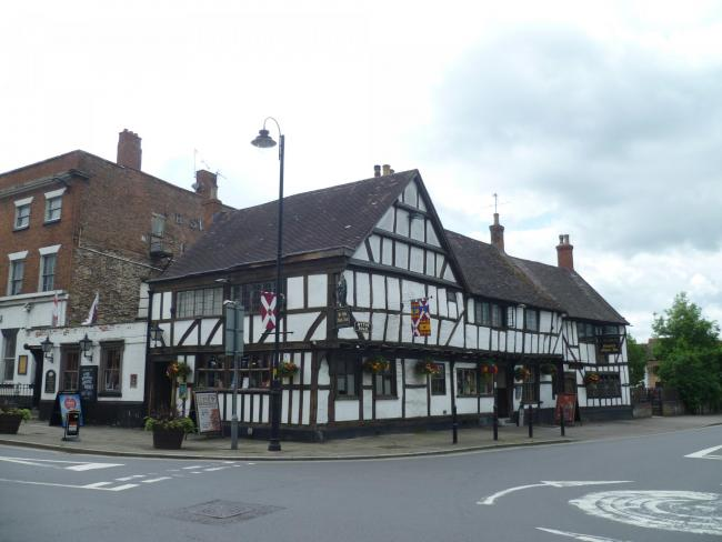 Ye Olde Black Bear Inn, Tewkesbury. Picture: https://commons.wikimedia.org/wiki/Category:Photographs_by_Philafrenzy Wikimedia Commons