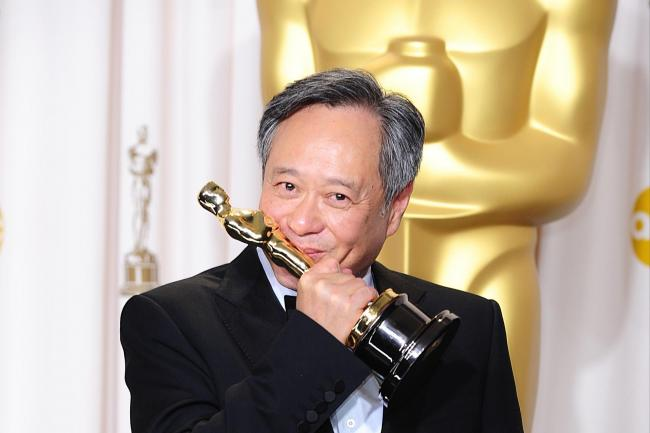Ang Lee with his Oscar for best director