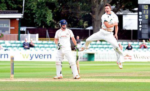 SIX OF THE BEST: Worcestershire seamer Richard Jones claimed 6-32 at Trent Bridge.