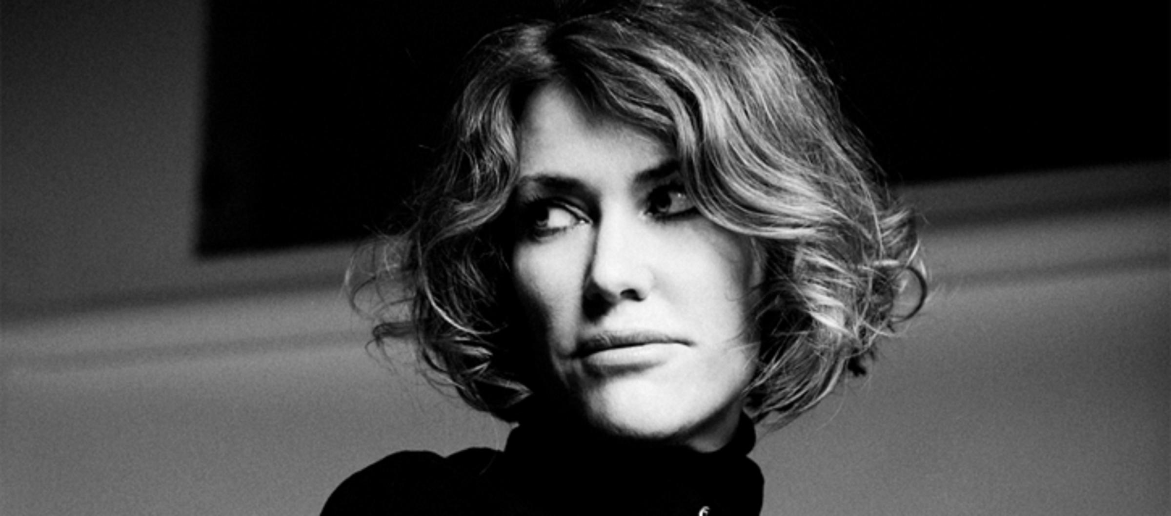 Join Catatonia's Cerys Matthews for a Christmas cracker of a concert