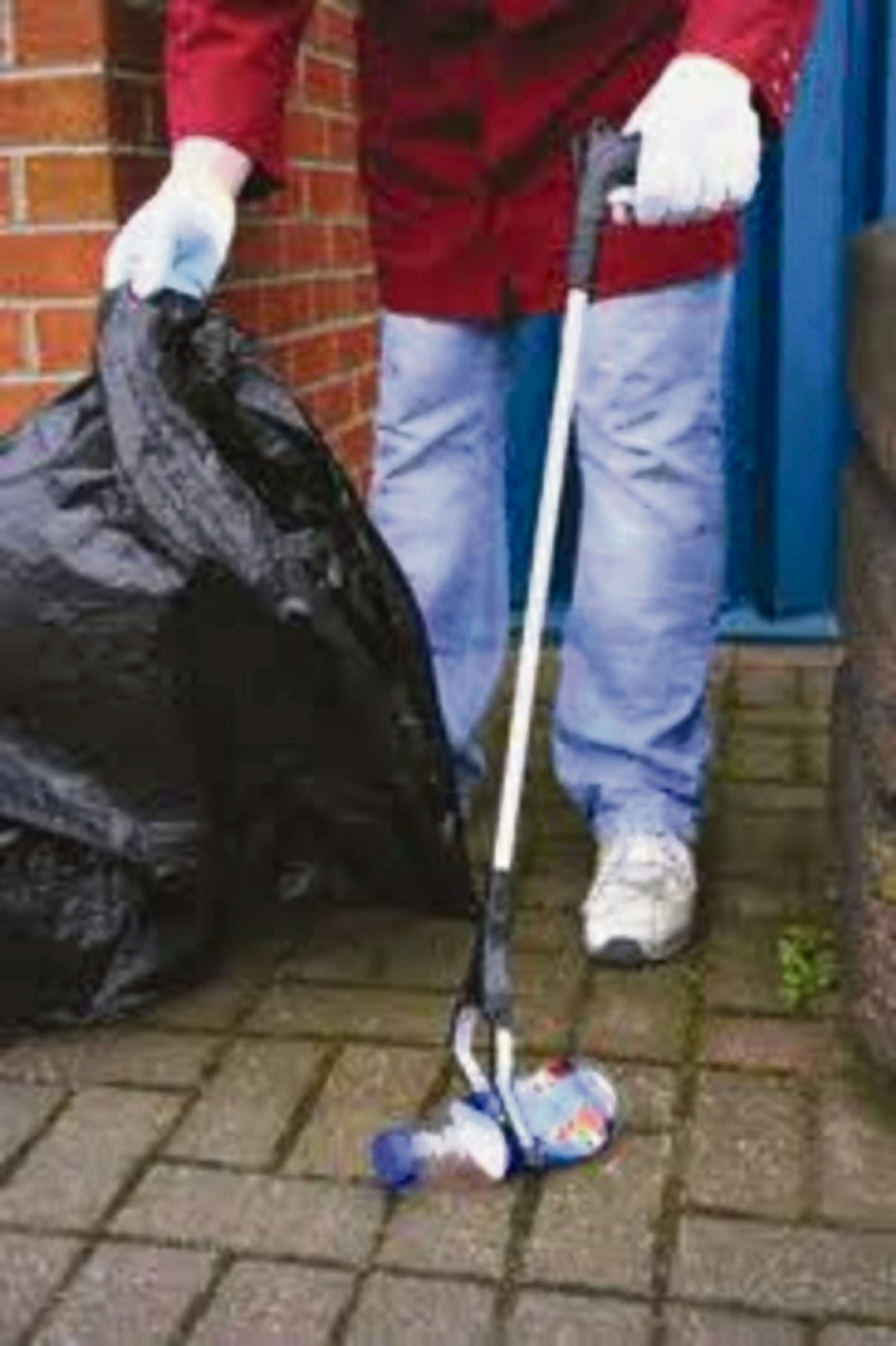 Brierley Hill litter pick participants wanted