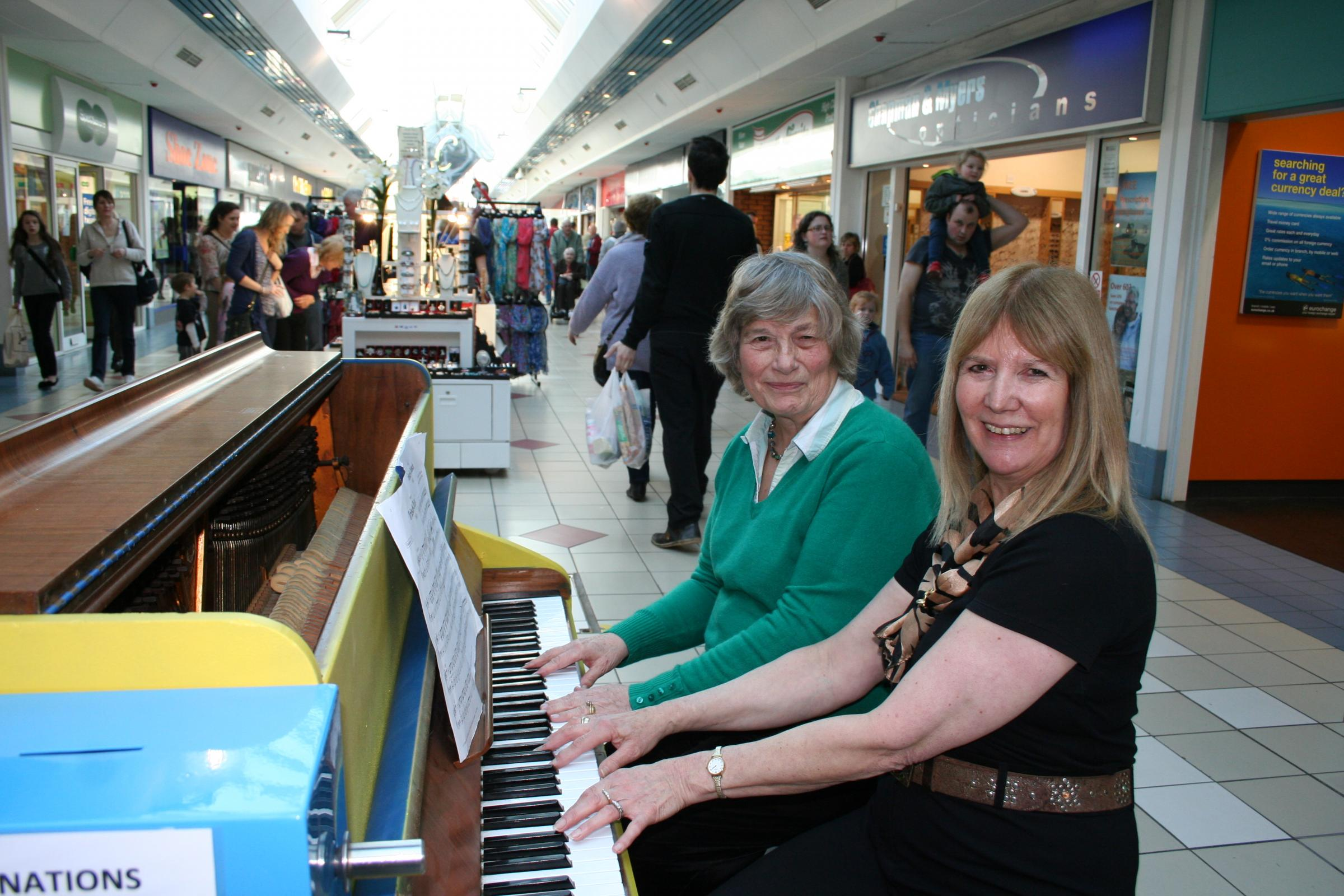 Pianists Margaret Pickford and Ruth Harper.