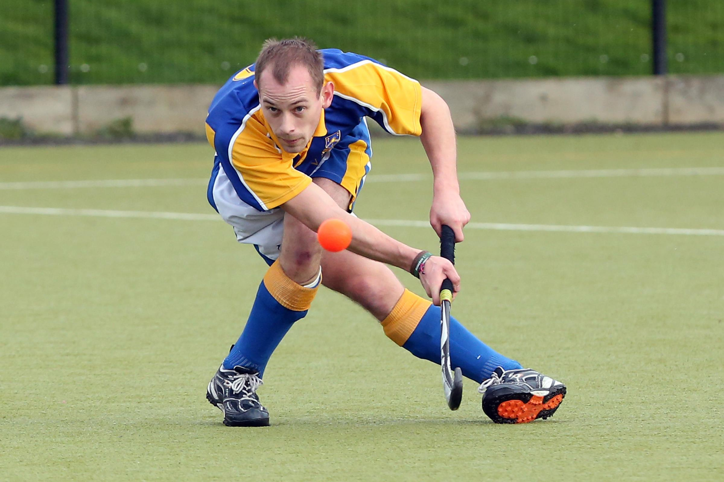 Paul Harrold in action for Old Halesonians Hockey Club