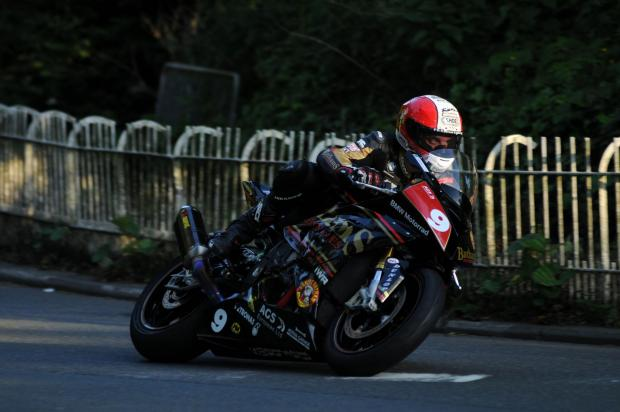 Halesowen News: l Michael Rutter during qualifying for the 2014 Isle of Man TT. Photo: Stephen Davison.