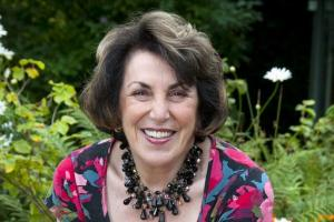 Hospice to benefit from an evening with Edwina