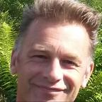 Halesowen News: Springwatch host Chris Packham cleared by BBC Trust over hunting remarks
