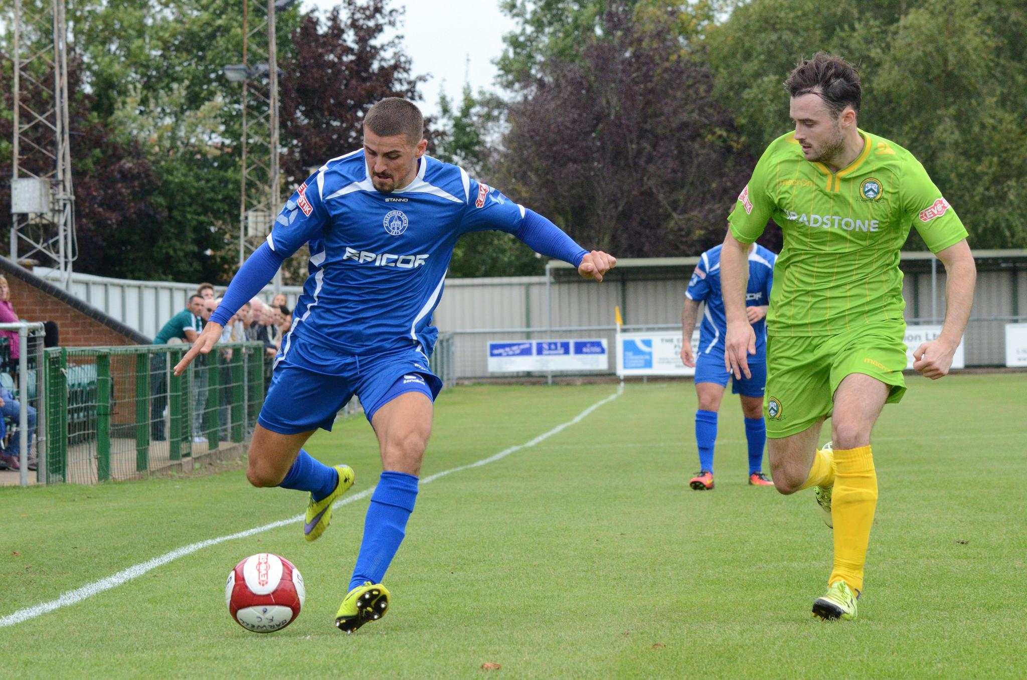 Yeltz defender Kyle Haynes joins Hednesford (From Halesowen News)