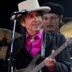 Halesowen News: Bob Dylan to meet Nobel academy to receive literature diploma