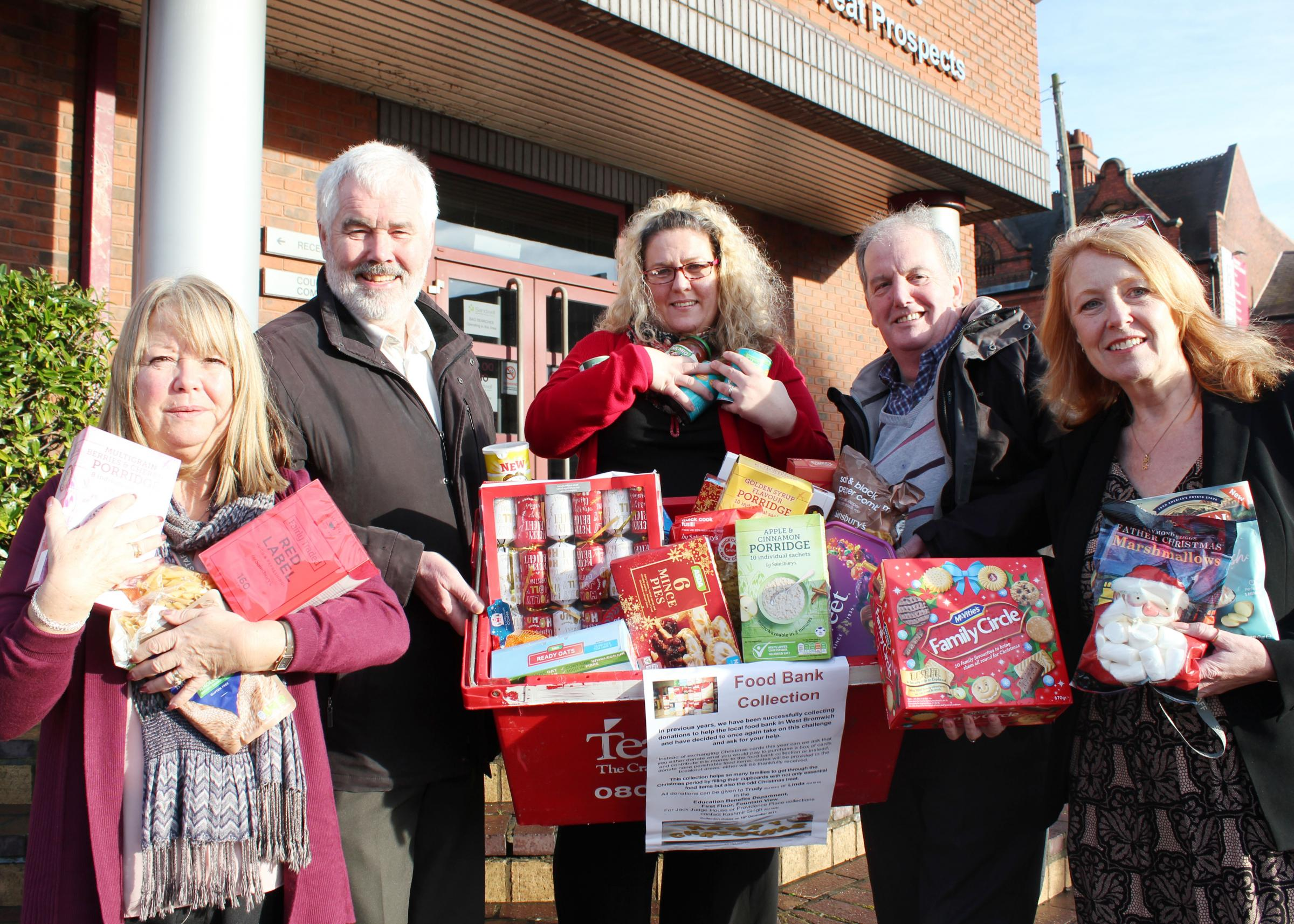 Linda Woodall, Cllr Steve Trow, Trudy Saddington, Keith Turner and Joy Djukic with the donated food.